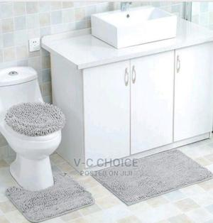 3 In 1 Thick Striped Bath Rugs Chenille Fabric Anti-slip Mat | Home Accessories for sale in Lagos State, Lagos Island (Eko)