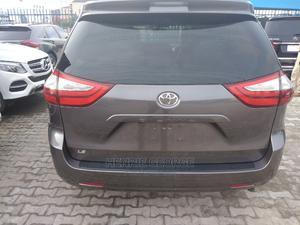 Toyota Sienna 2016 Beige | Cars for sale in Lagos State, Lekki