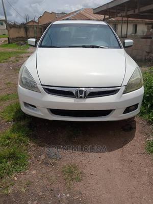 Honda Accord 2007 Sedan SE V-6 Automatic White | Cars for sale in Oyo State, Ibadan