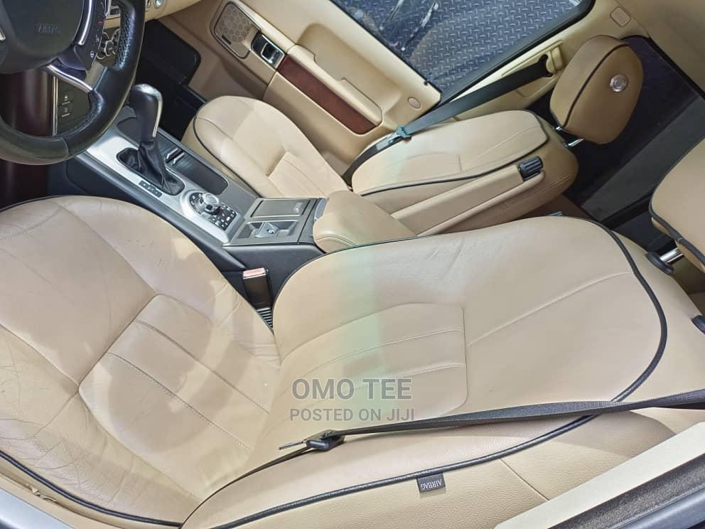 Land Rover Range Rover Vogue 2010 Black | Cars for sale in Surulere, Lagos State, Nigeria