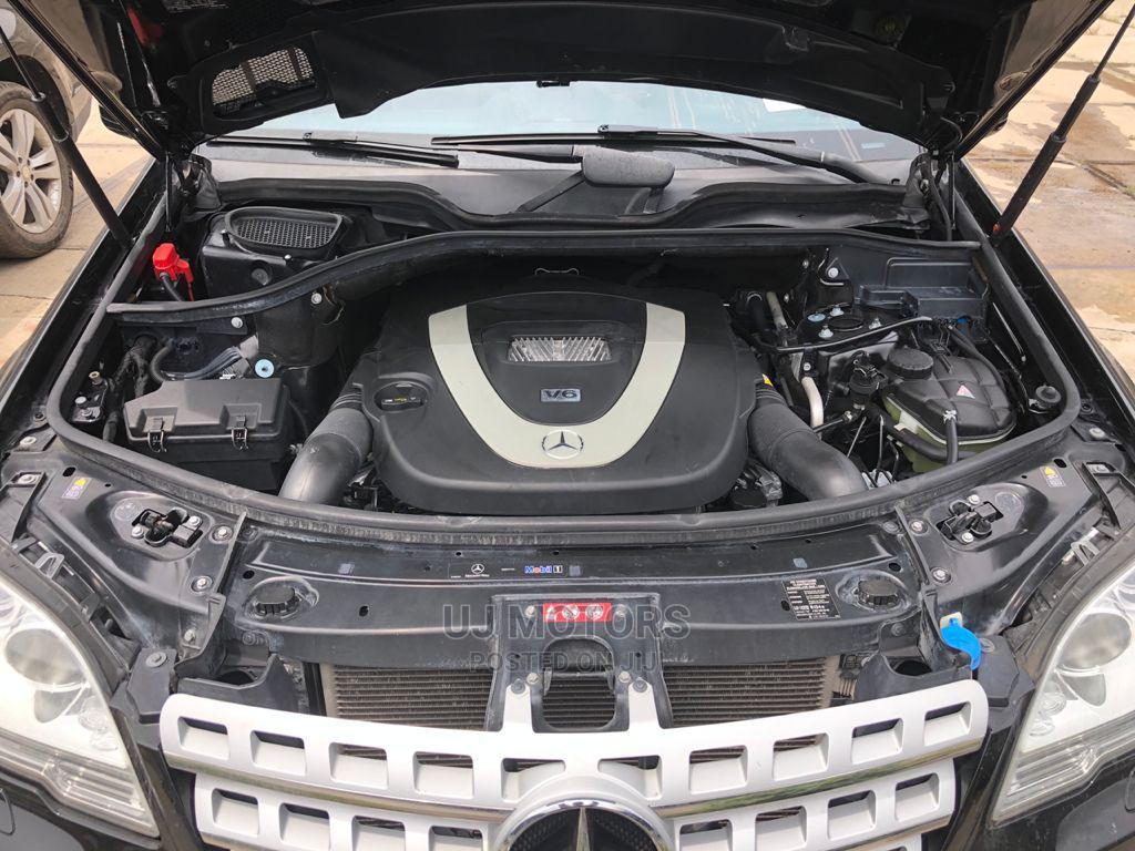 Archive: Mercedes-Benz M Class 2010 ML 350 4Matic Black