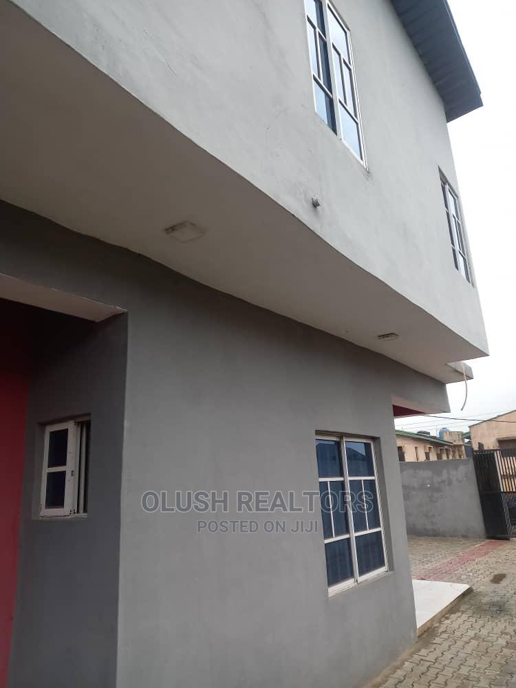 3bdrm Duplex in Greenfield Estate, Isheri North for Sale