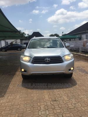 Toyota Highlander 2008 Limited 4x4 Silver   Cars for sale in Abuja (FCT) State, Idu Industrial