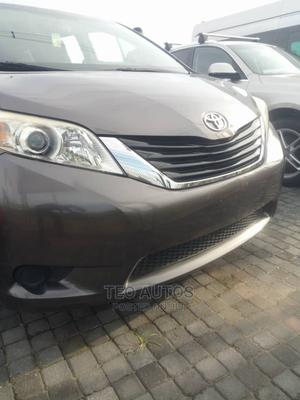 Toyota Sienna 2013 LE FWD 8-Passenger Gray | Cars for sale in Lagos State, Lekki