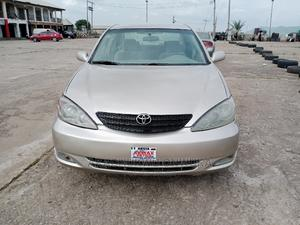 Toyota Camry 2004 Gold | Cars for sale in Abuja (FCT) State, Gwagwalada