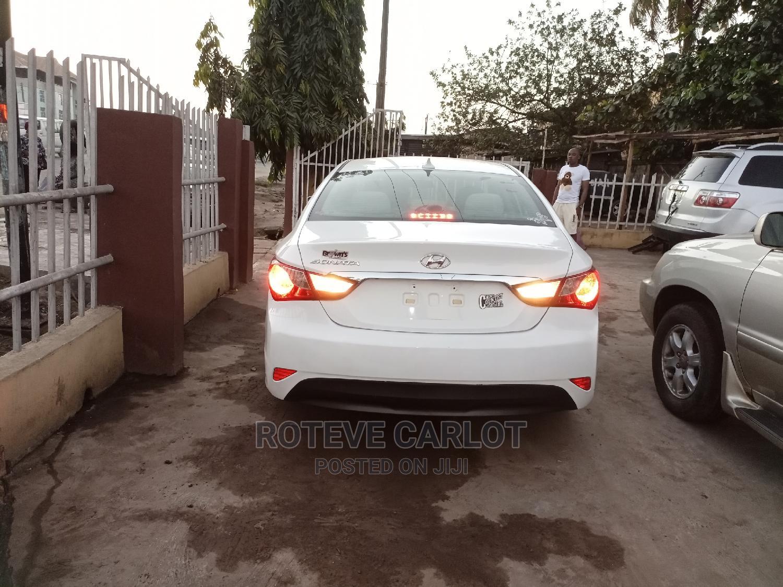 Hyundai Sonata 2014 White   Cars for sale in Abule Egba, Lagos State, Nigeria