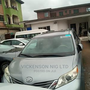 Toyota Sienna 2011 LE 7 Passenger Mobility Gray | Cars for sale in Lagos State, Shomolu