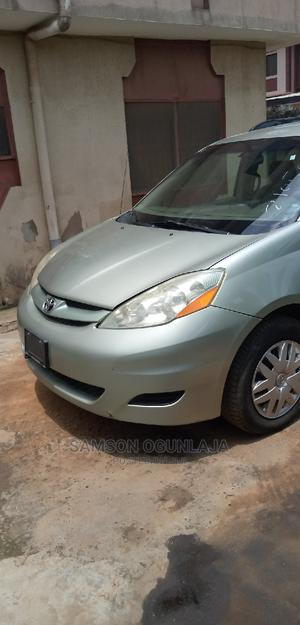 Toyota Sienna 2006 CE AWD Green | Cars for sale in Lagos State, Ojodu
