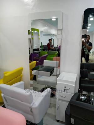 Saloon Barber Chair With Mirror   Salon Equipment for sale in Lagos State, Ikoyi
