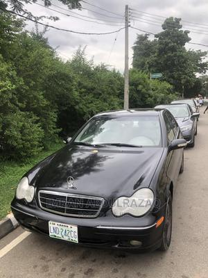 Mercedes-Benz C240 2004 Black | Cars for sale in Abuja (FCT) State, Central Business District