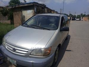 Toyota Sienna 2002 LE Silver | Cars for sale in Lagos State, Agege