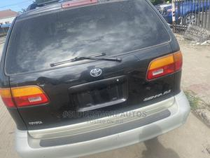 Toyota Sienna 2000 XLE & 1 Hatch Black   Cars for sale in Lagos State, Amuwo-Odofin