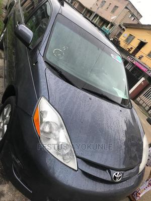 Toyota Sienna 2006 CE AWD Blue | Cars for sale in Lagos State, Surulere