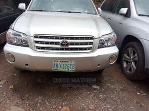 Toyota Highlander 2002 Limited V6 AWD Silver | Cars for sale in Lagos State, Amuwo-Odofin