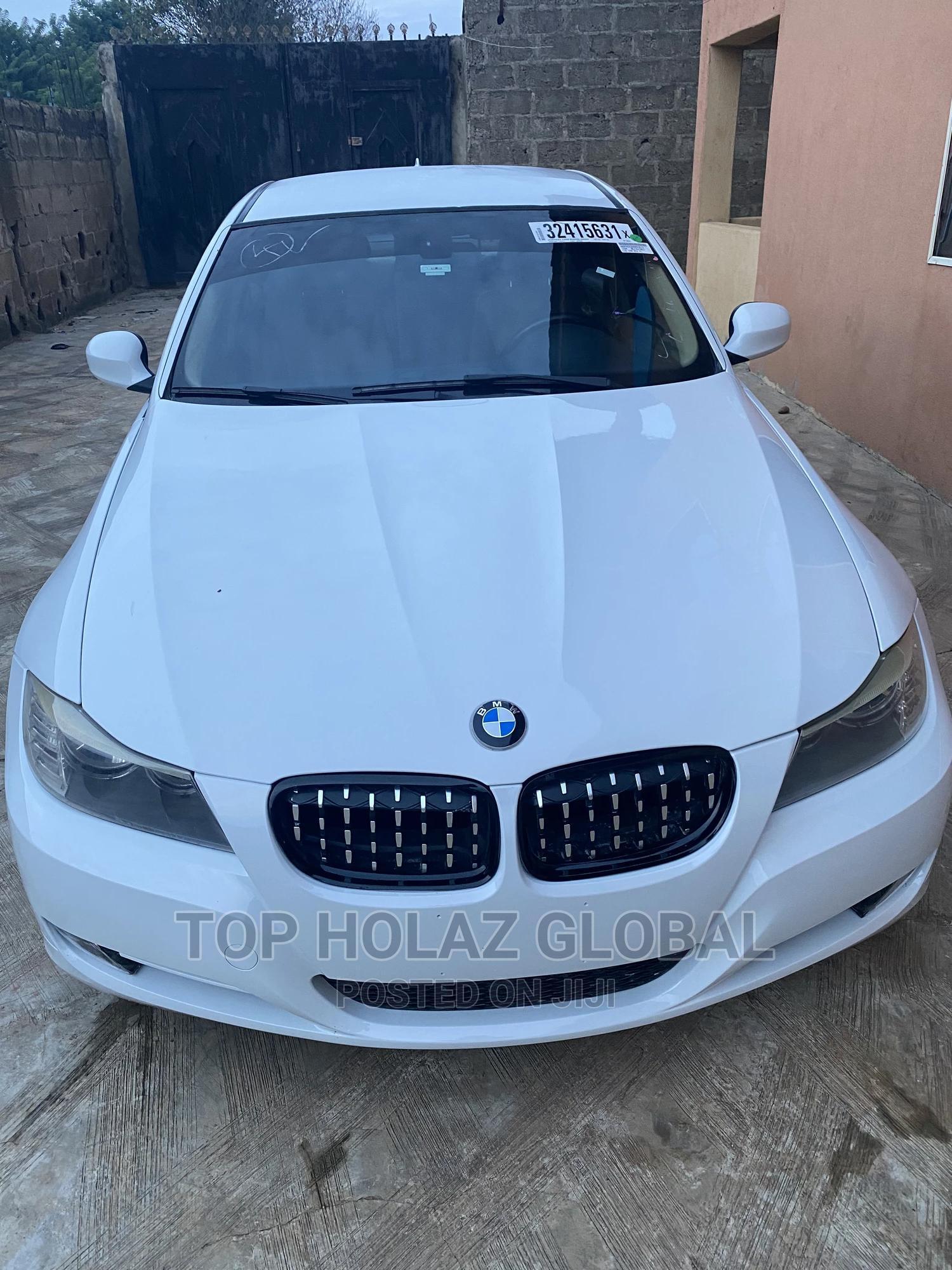 BMW 328i 2010 White