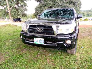 Toyota Tacoma 2009 Double Cab V6 Automatic Black | Cars for sale in Abuja (FCT) State, Lokogoma