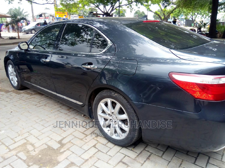 Archive: Lexus LS 2008 460 AWD Black