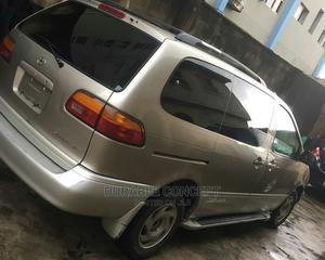 Toyota Sienna 2000 LE & 1 Hatch Gold | Cars for sale in Lagos State, Ikeja