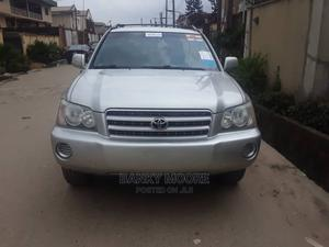Toyota Highlander 2003 V6 AWD Silver | Cars for sale in Lagos State, Gbagada
