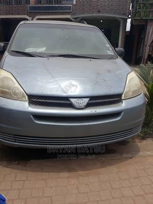 Toyota Sienna 2005 CE Blue   Cars for sale in Lagos State, Alimosho