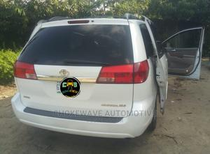 Toyota Sienna 2005 XLE White   Cars for sale in Delta State, Warri