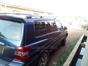 Toyota Highlander 2004 Limited V6 FWD Blue | Cars for sale in Anambra State, Nnewi