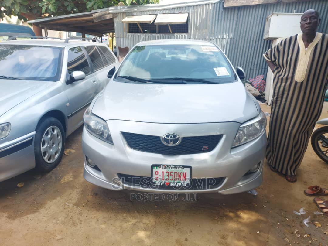 Toyota Corolla 2009 1.8 Advanced Silver