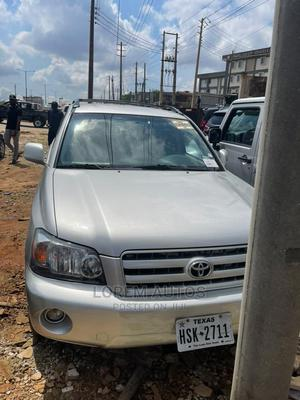 Toyota Highlander 2006 Limited V6 4x4 Silver | Cars for sale in Lagos State, Ikeja