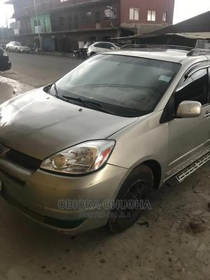 Toyota Sienna 2005 XLE Limited Silver | Cars for sale in Enugu State, Enugu