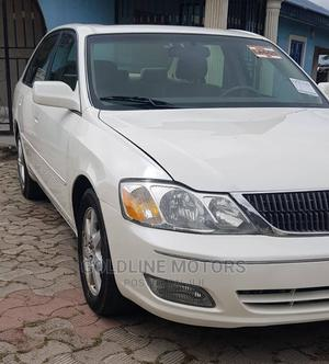 Toyota Avalon 2002 XL W/Bucket Seats White | Cars for sale in Lagos State, Alimosho