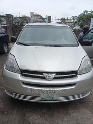 Toyota Sienna 2005 Silver | Cars for sale in Lagos State, Amuwo-Odofin