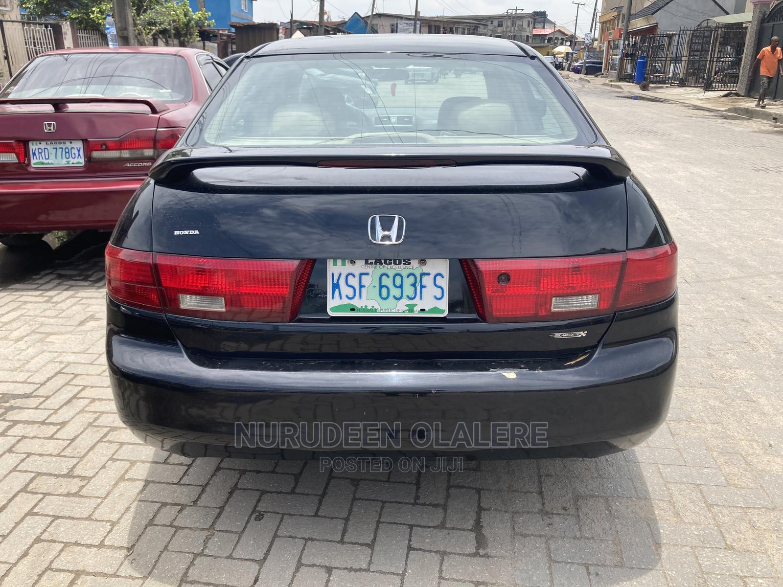 Archive: Honda Accord 2005 Black