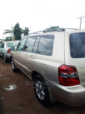 Toyota Highlander 2005 V6 Gold | Cars for sale in Edo State, Benin City