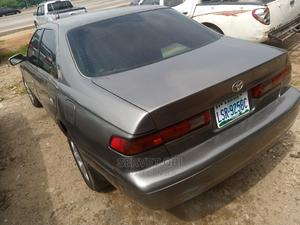 Toyota Camry 2000 Gray | Cars for sale in Abuja (FCT) State, Gwarinpa