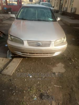 Toyota Camry 1999 Automatic Gold | Cars for sale in Lagos State, Ipaja