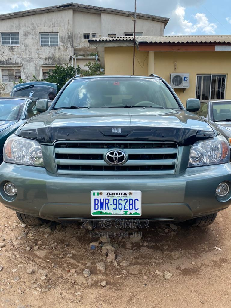 Toyota Highlander 2004 Limited V6 FWD Green