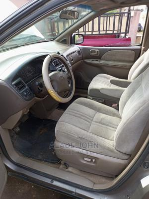 Toyota Sienna 1999 CE Gold | Cars for sale in Oyo State, Ibadan
