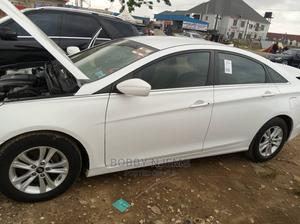 Hyundai Sonata 2013 White | Cars for sale in Abuja (FCT) State, Wuse 2