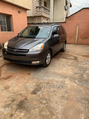 Toyota Sienna 2005 Gray | Cars for sale in Lagos State, Egbe Idimu