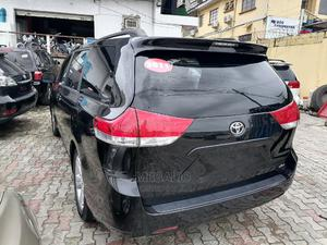 Toyota Sienna 2011 XLE 7 Passenger Mobility Black | Cars for sale in Lagos State, Ikeja