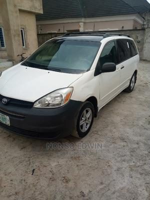 Toyota Sienna 2005 White   Cars for sale in Lagos State, Ajah