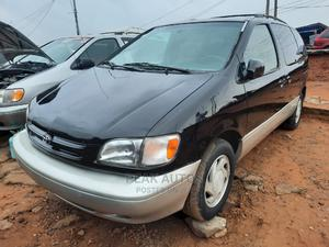 Toyota Sienna 2001 XLE Black   Cars for sale in Lagos State, Amuwo-Odofin