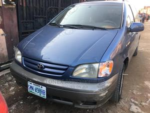 Toyota Sienna 2002 LE Blue | Cars for sale in Lagos State, Shomolu
