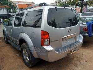 Nissan Pathfinder 2006 LE 4x4 Silver   Cars for sale in Lagos State, Magodo