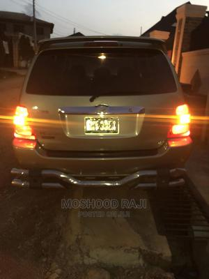 Toyota Highlander 2003 Limited V6 FWD Gold | Cars for sale in Lagos State, Ogba