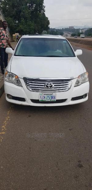 Toyota Avalon 2012 White   Cars for sale in Abuja (FCT) State, Jabi