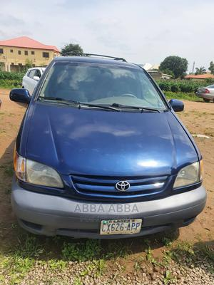 Toyota Sienna 2001 LE Blue | Cars for sale in Abuja (FCT) State, Kubwa