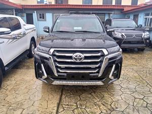 Toyota Land Cruiser 2017 5.7 V8 VXR Black | Cars for sale in Lagos State, Ogba