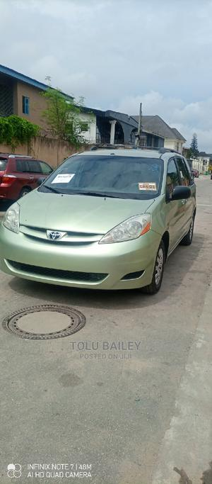 Toyota Sienna 2006 LE FWD Green | Cars for sale in Lagos State, Amuwo-Odofin