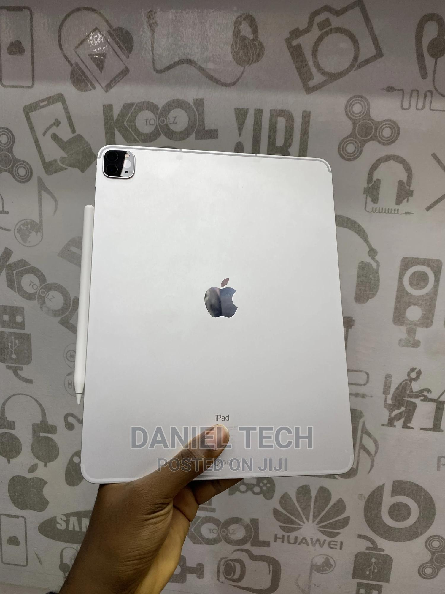Apple iPad Pro 12.9 (2020) 512 GB   Tablets for sale in Wuse, Abuja (FCT) State, Nigeria
